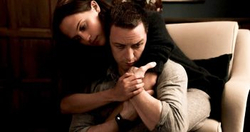 James McEvoy and Alicia Vikander in Submergence